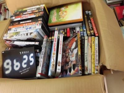倉敷市でアニメ・音楽・邦画・洋画のDVD400本ほど出張買取。